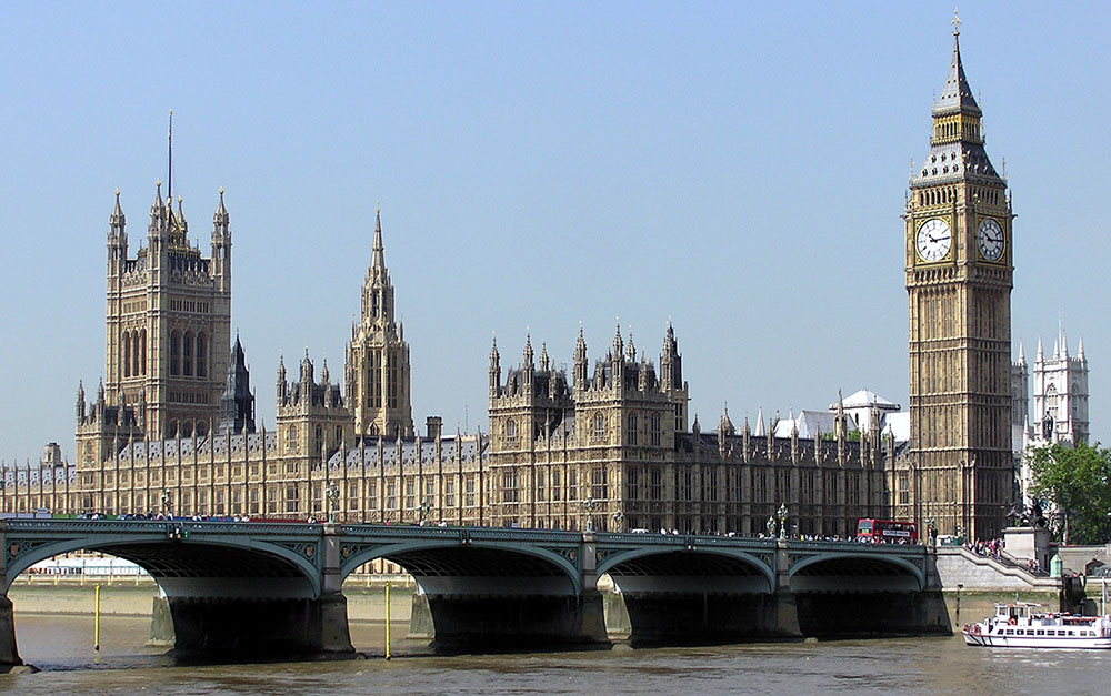 Original image from https://commons.wikimedia.org/wiki/File:Houses.of.parliament.overall.arp.jpg