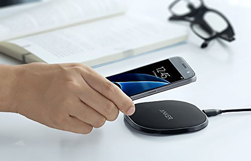 Original image from https://www.amazon.com/Anker-Wireless-Charging-Provides-Fast-Charging/dp/B01KJL4XNY/ref=as_li_ss_tl?ie=UTF8&qid=1512353026&sr=8-1&linkCode=ll1&tag=ohshw-20&linkId=c628dbbde2dfdb2370b7a66fbe720a7a