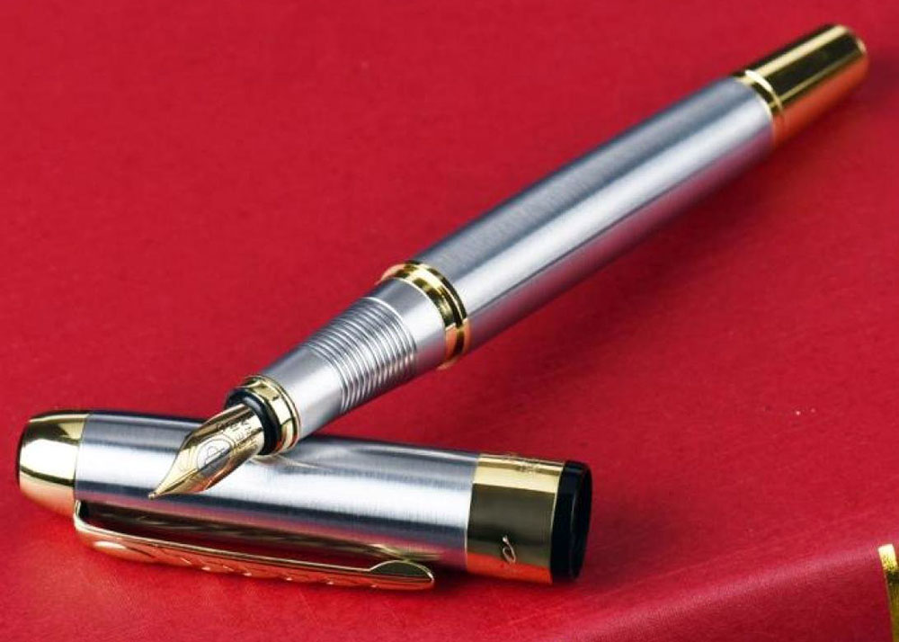 Original image from https://www.amazon.com/JinHao-Stainless-Steel-Fountain-Pen/dp/B0052KLTM6/ref=as_li_ss_tl?ie=UTF8&linkCode=ll1&tag=ohshw-20&linkId=fae439f35592ef8074c9f543769fbe41