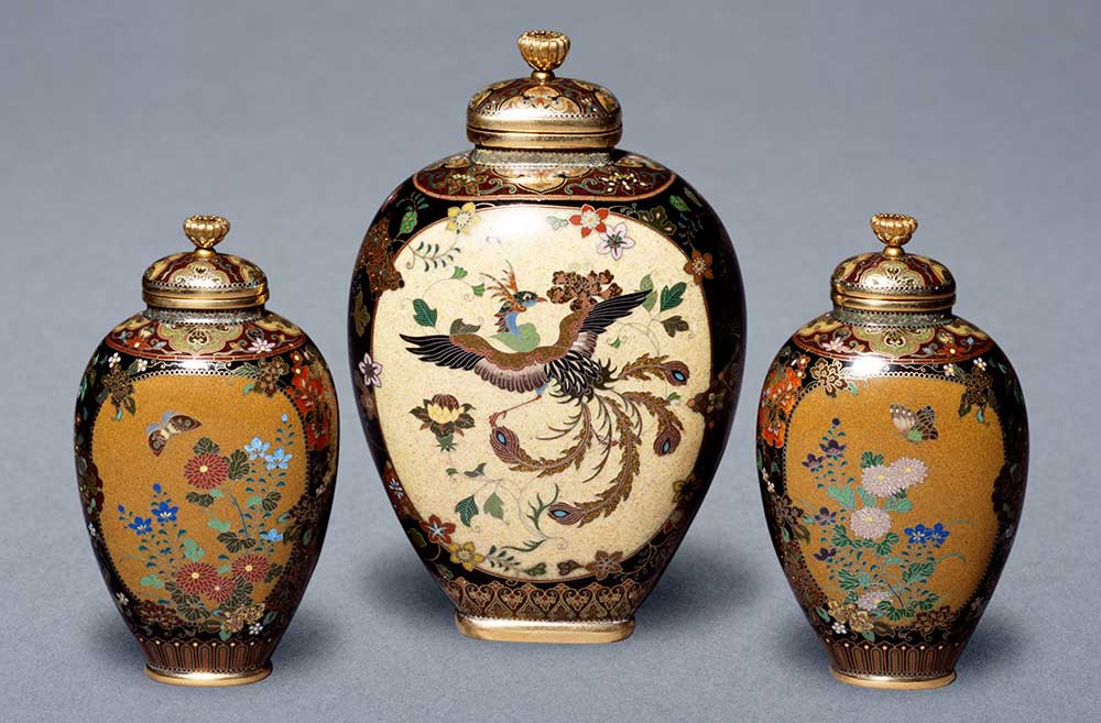 Original image from http://www.vam.ac.uk/content/articles/h/history-of-cloisonne-enamels-in-japan-1838-1871/